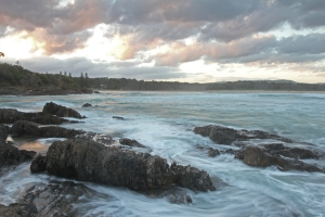 Bare_Bluff_Moonee_Beach_2